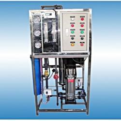 เครื่องกรองน้ำอุตสหกรรม( RO)กำลังการผลิต . 3,000 ลิตร / วัน (24ชม.)